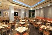 חדר האוכל במלון